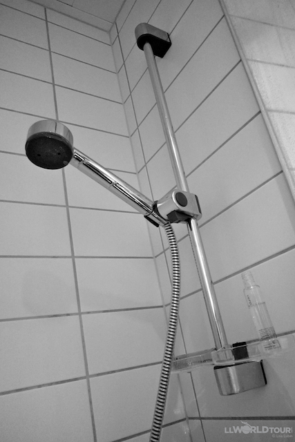 IMG 5861 Travel Tip Tuesday: Foreign Bathroom Plumbing Oddities