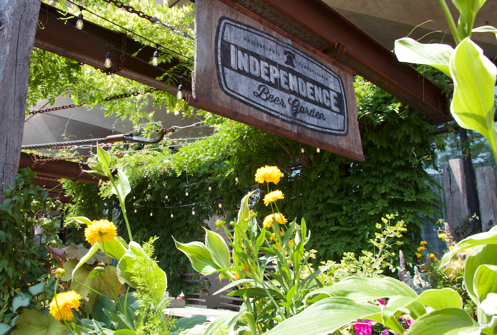 Visit philly and feel the love Independence beer garden philadelphia pa
