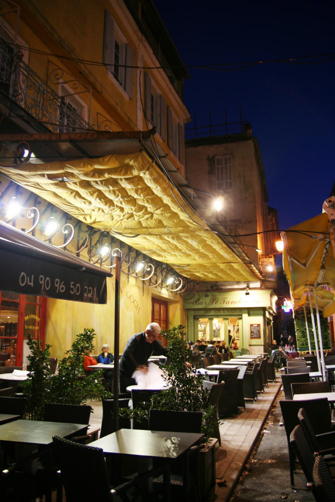 The Cafe at Night