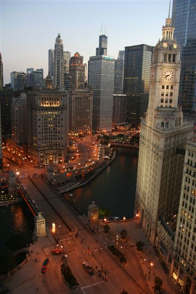 Chicago River @ Michigan Avenue Bridge