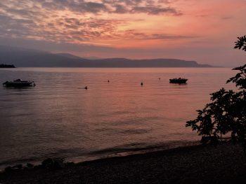 sunrise lago di garda